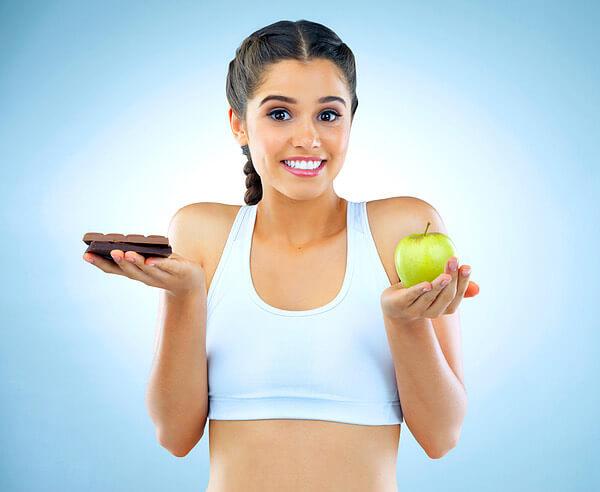 γυναίκα, δίαιτα, γλυκά, μήλο