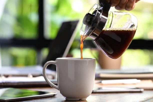 καφεΐνη, φλιτζάνι, κανάτα