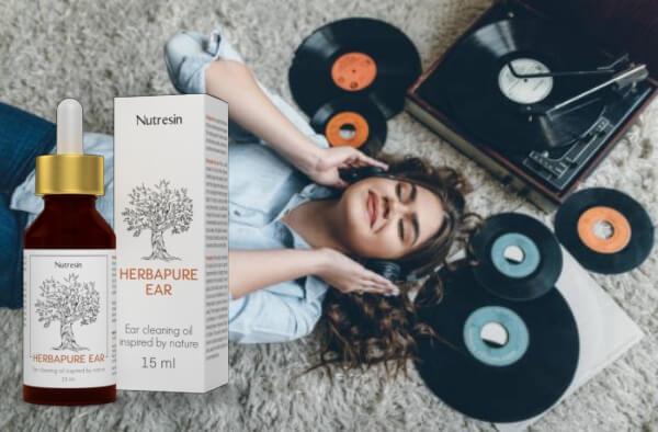 γυναίκα που ακούει μουσική