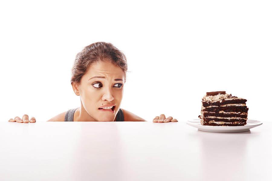 γυναίκα, κακές διατροφικές συνήθειες, σοκολάτα